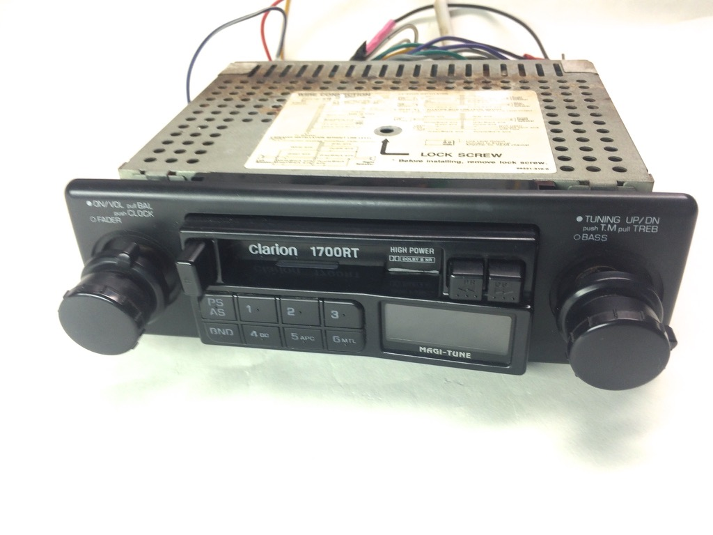 clarion car stereo cassette am fm tuner radio receiver vintage 1700rt w pre amp ebay. Black Bedroom Furniture Sets. Home Design Ideas