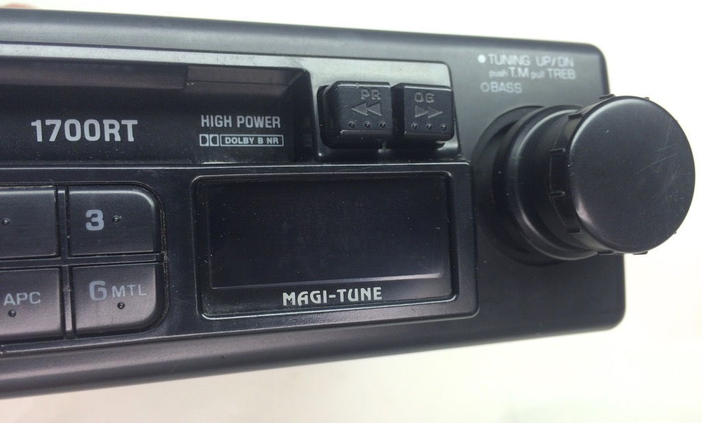 Clarion Car Stereo: Clarion Car Stereo Cassette AM/FM Tuner Radio Receiver